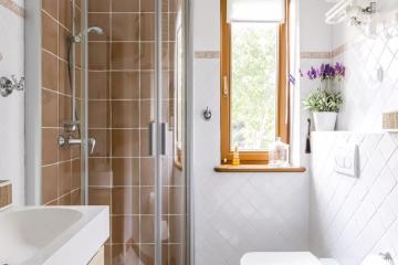 Современные идеи дизайна ванной комнаты с душевой кабиной