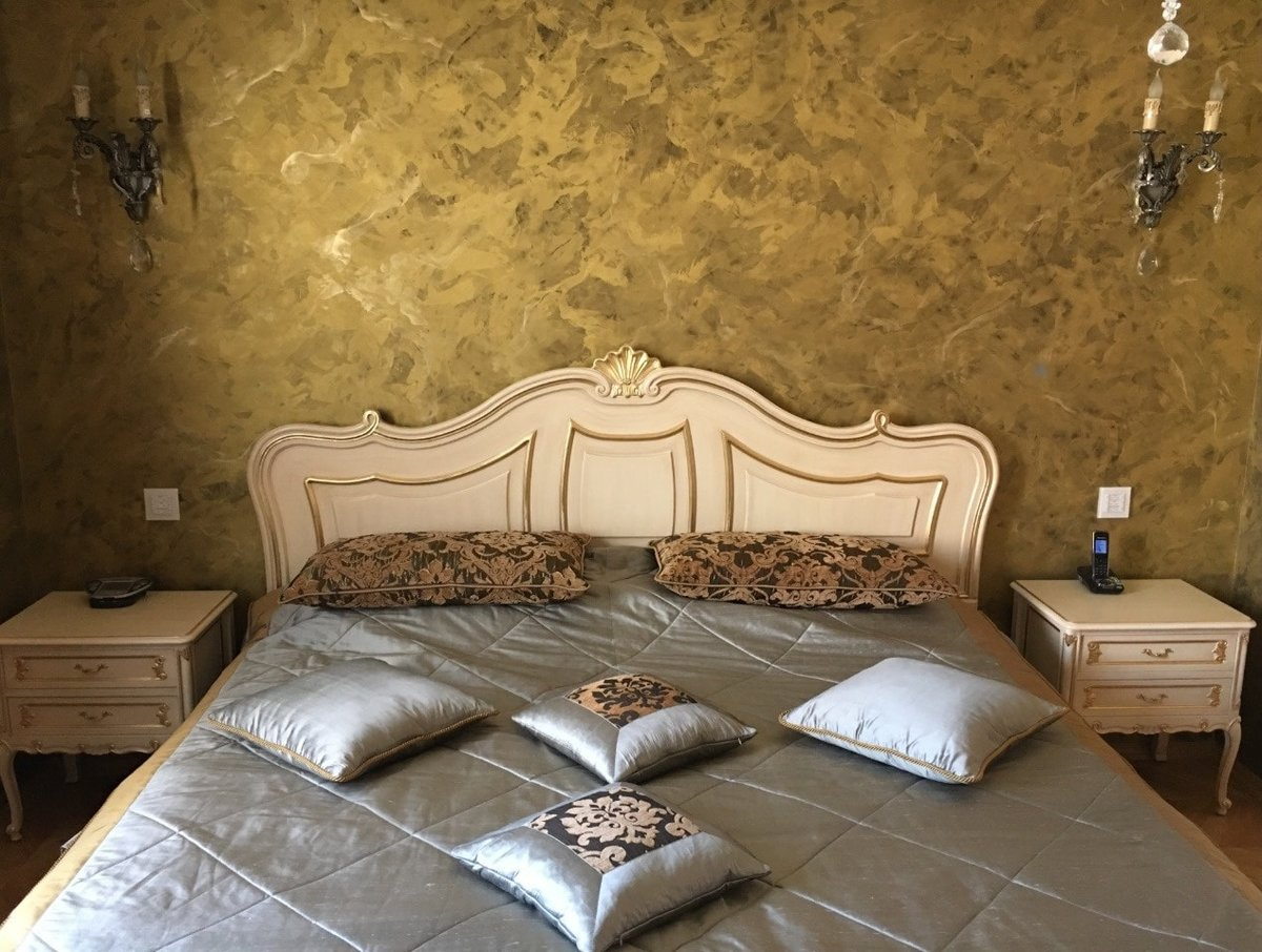 венецианская штукатурка в спальне